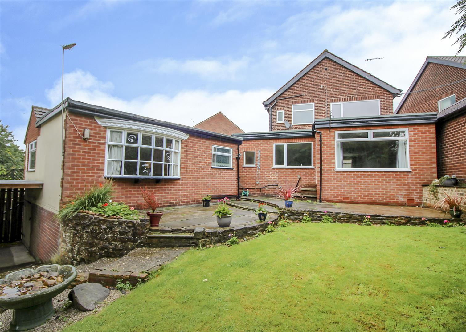 4 Bedrooms Detached House for sale in Lincoln Avenue